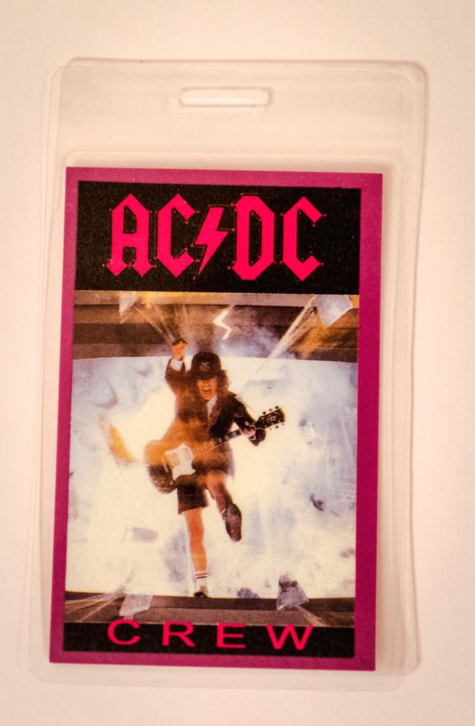 Проходка члена команды AC/DC из коллекции президента фан-клуба в России