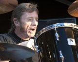 Фил Радд сыграл песни AC/DC