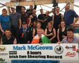 ACDC помогли установить рекорд по стрижке овец